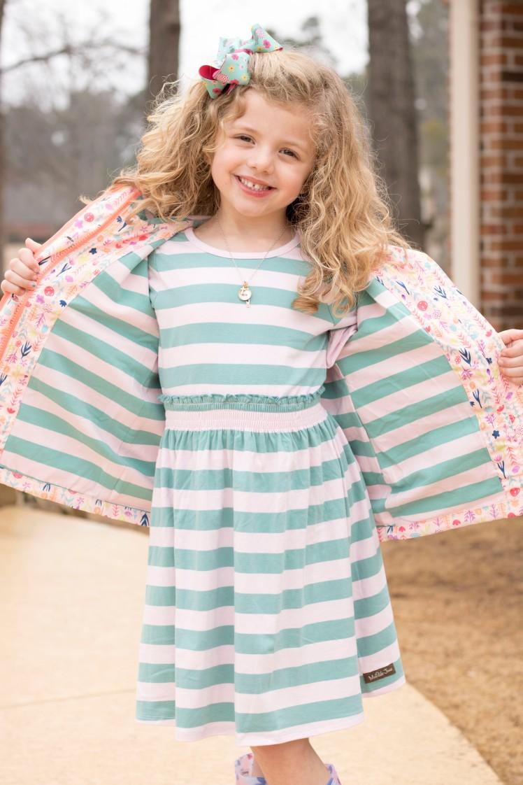 Dress open stripe