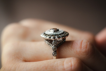 side view levian ring